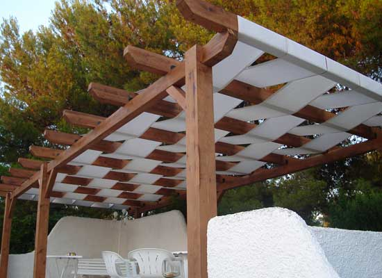 Carpas de madera elegant interesting piso de madera with for Carpas jardin carrefour