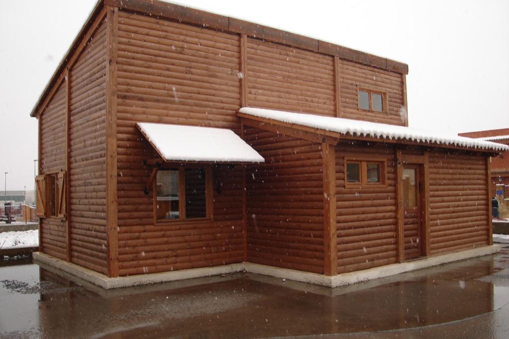 Vivir en una casa de madera incofusta fabrica de madera - Casas de madera valencia ...