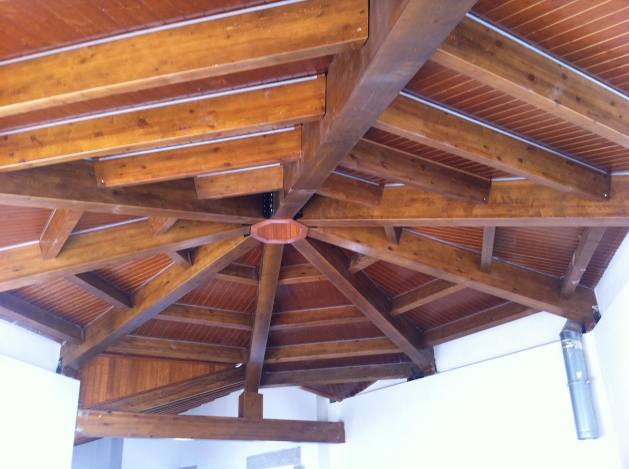 Por qu colocar vigas de madera incofusta fabrica de - Vigas de madera huecas ...