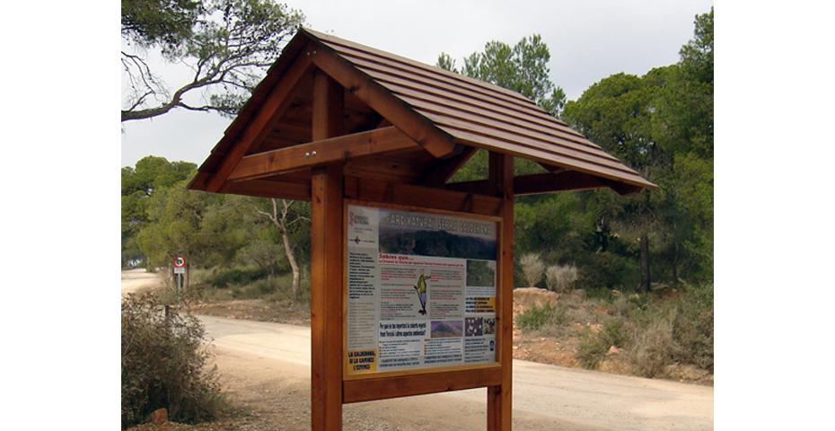 Paneles informativos de madera adaptados a cada cliente - Paneles de madera para exterior ...